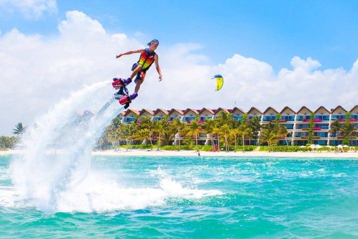 Flyboard en La Riviera Maya Foto: Riviera Maya Grand Velas