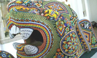 Arte Huichol Foto. Wikipedia