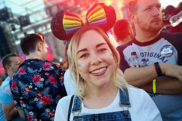 Desfile del Orgullo Gay en Disney Foto GayPride Disney