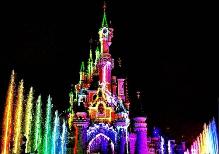 Desfile del Orgullo Gay en Disney Foto La Vieja Guardia