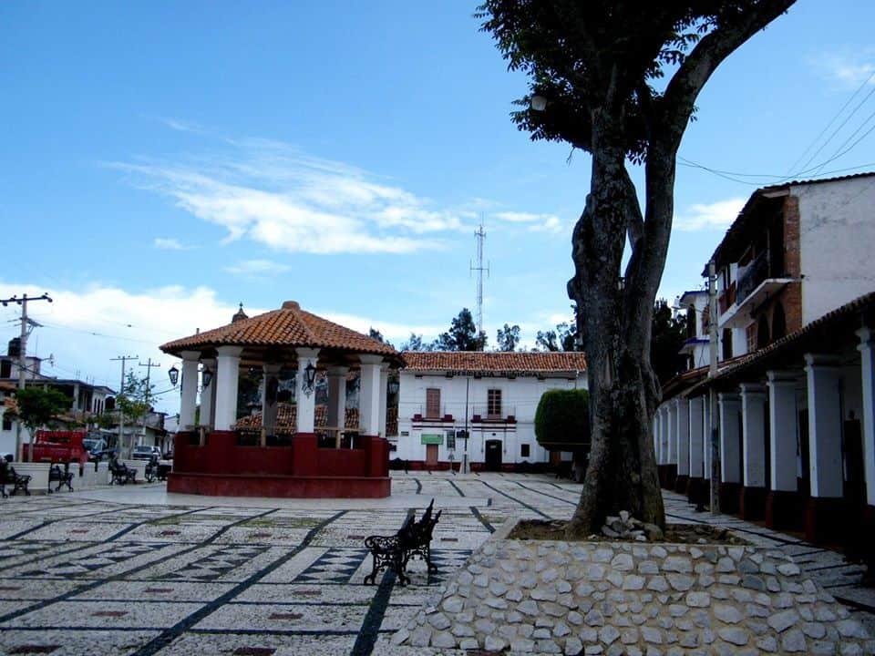 Kiosco. Foto Ixcateopan de Cuauhtémoc