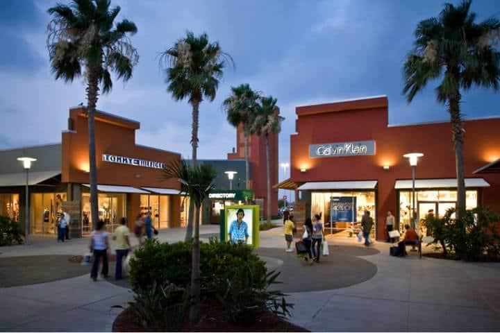 McAllen Viajes Cortos Premium Outlets Foto Travel Texas