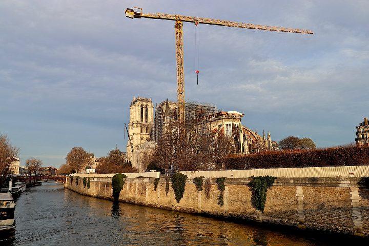 Reconstrucción de Notre Dame. Foto Heidel Bergerin.