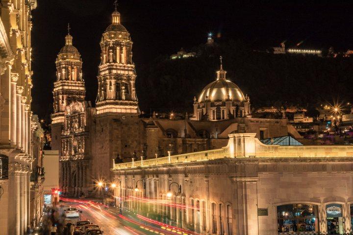 Recorre Zacatecas de noche. Foto Pxhere.