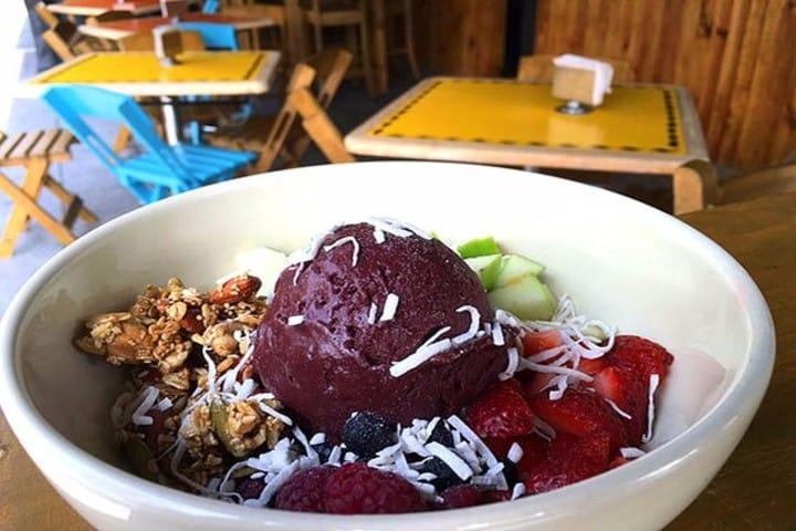 bowl con fruta y helado. Trip Advisor FOTO