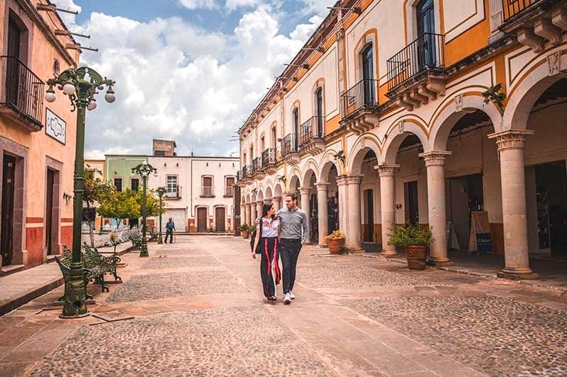 pareja visitar Zacatecas