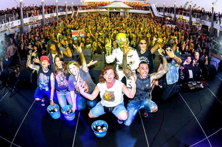 Crucero de heavy metal Foto MegaCruise