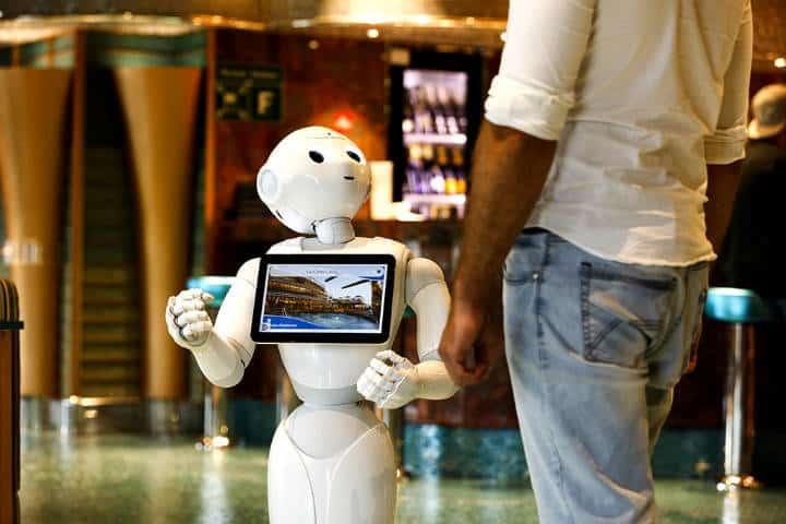 A los robots les fascina viajar Foto Digital Magazine