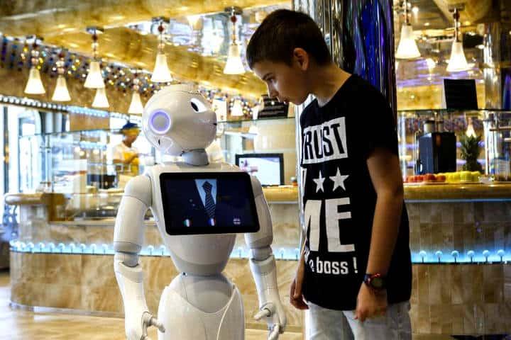 A los robots les fascina viajar Foto Jornal O Globo