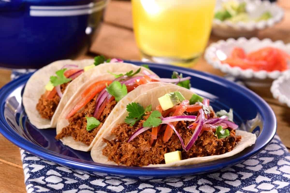 Tacos de chilorio. Foto: Kiwilimon