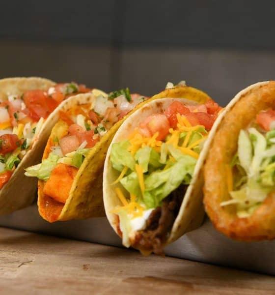 Taco oasis en el desierto Foto.Taco Bell