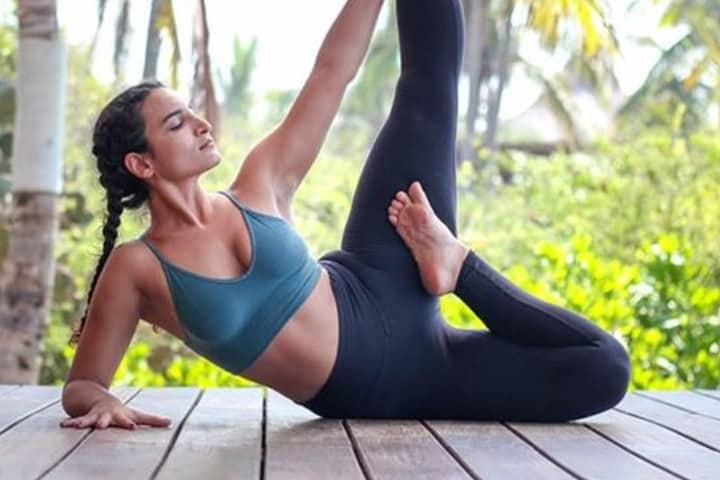 Yoga en La Casa Del Arbol. Foto Playa Viva