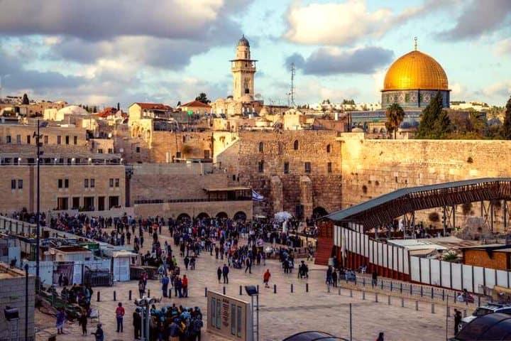 Recorrer-Jerusalén-es-obligatorio-Foto-Get-Your-Guide-10