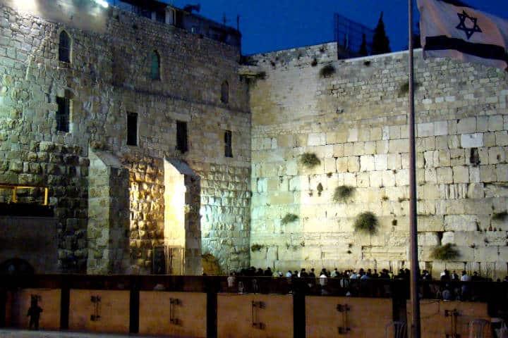 El-exterior-del-Muro-de-los-Lamentos-Foto-Nico-8