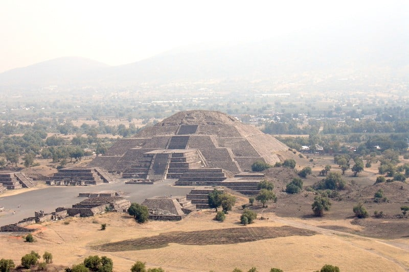 piramide de teotihuacan by fklc(Obsolete hipster)