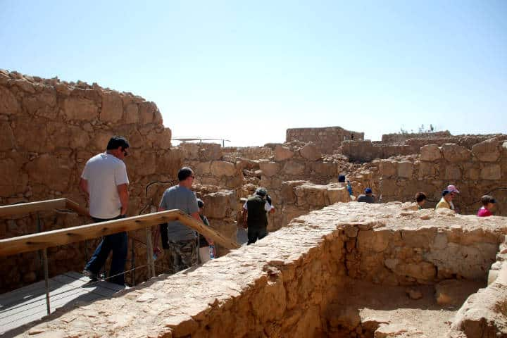 Vive-en-grande-el-Turismo-de-aventura-en-Masada-Foto-Alljengi-3