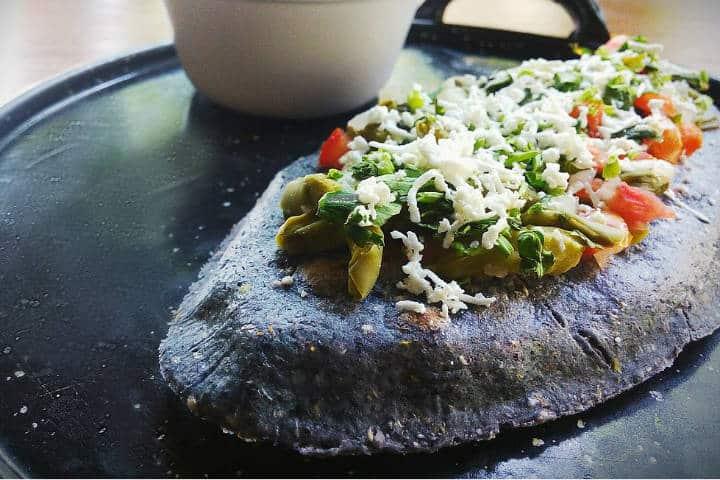 Alimentos Mexicas tlacoyo foto HappyCow