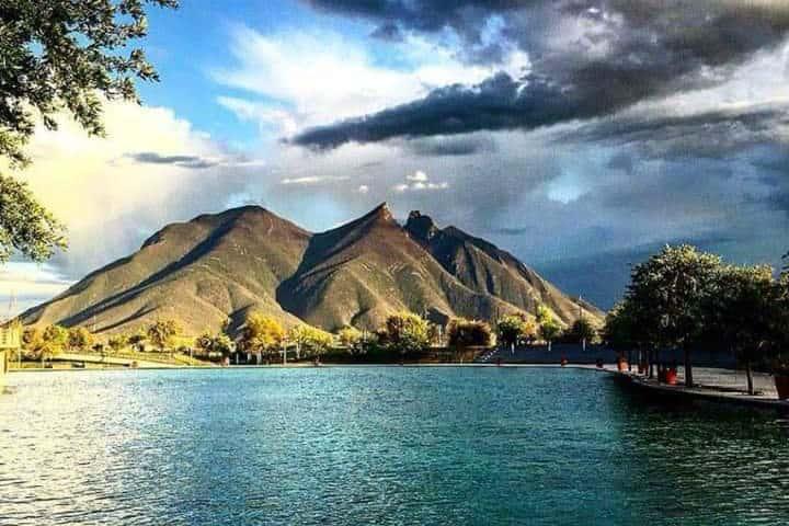 Cerro de la Silla. Monterrey. Foto. Fray Lucio
