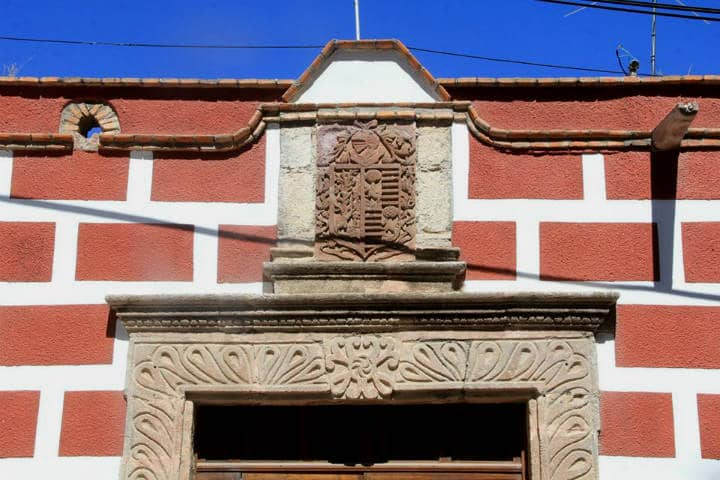 Escudo de la Casa Larrañaga. Foto Viva Aguascalientes