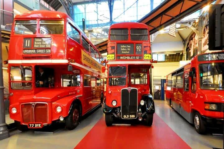 El-museo-donde-los-pequeños-van-a-sentir-que-conducen-por-todo-Londres-Foto-Museum-Wise-2