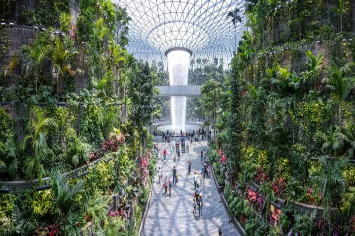 Changi HSBC Rain Vortex. Foto Jorge Láscar