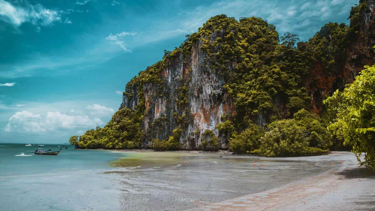 Playas en Railay tailandia. Foto: Kevin Bosc