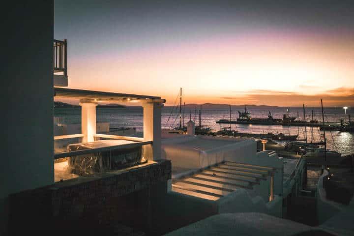 Playas para recorrer la isla Griega Mykonos. Foto. Collins Lesulie 2