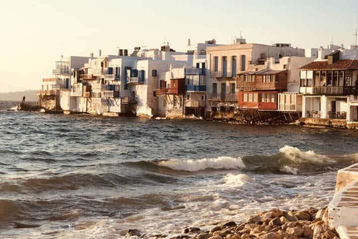 Playas para recorrer la isla Griega de Mykonos. Foto: Despina Galani