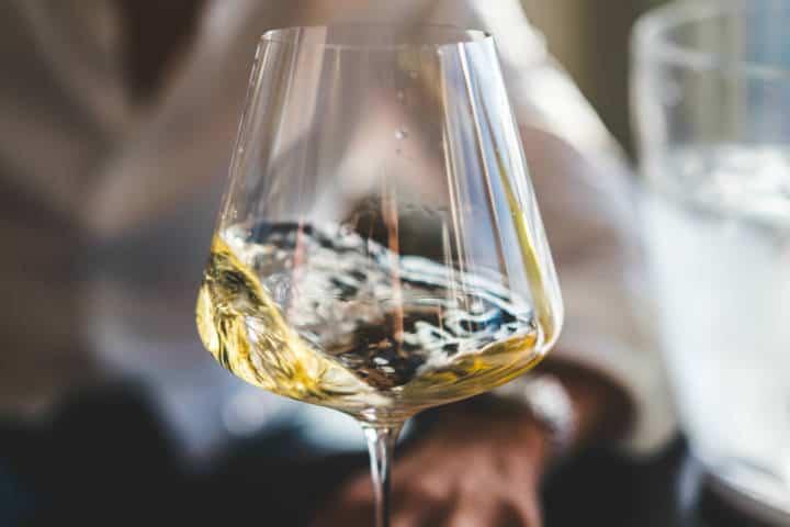Vino blanco. Foto: Big Dodzy