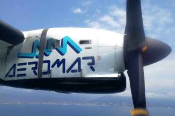 viaje en un avión de turbohélice ATR. Foto El Souvenir