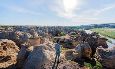 Writing-on-stone-/-Áísínai'pi-Paisaje-sagrado-Foto-Travel-Alberta-1