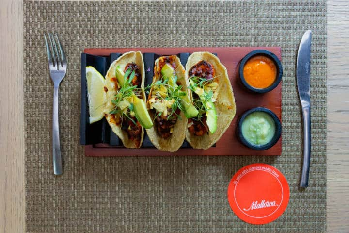 Tacos de camarón al pastor. Foto Mallorca México