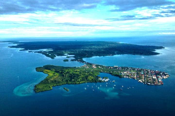 5 sitios para visitar en Bocas del Toro, uno de los archipiélagos más biodiversos del mundo. Foto de Ricks Panama.