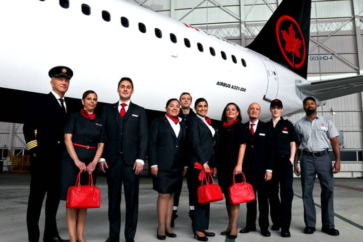 Air Canada beca a futuras pilotas aviadoras Foto Aviacion news