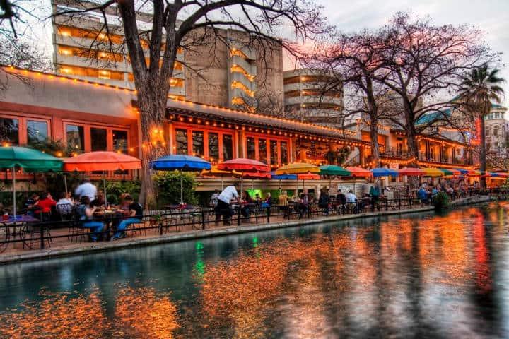 Dia de Muertos Foto Visit San Antonio 5