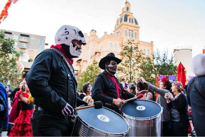 Dia de Muertos Foto Visit San Antonio 7