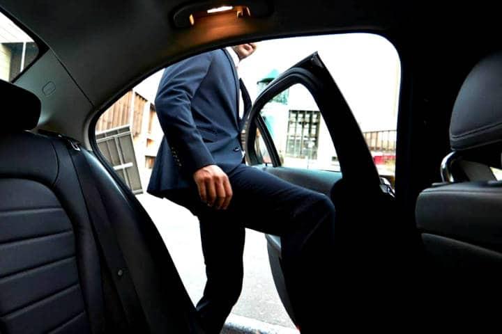 Uber y Uber Eats ya están en Club Premier Foto La silla rota