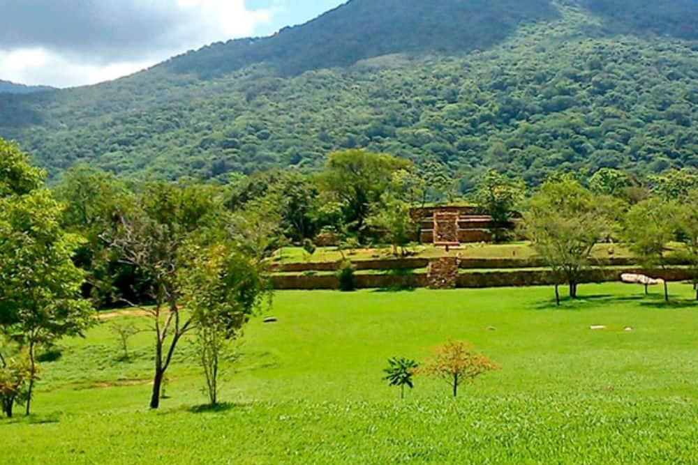 Zona arqueológica de Tehuacalco Foto. Visita Acapulco