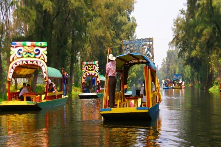 xochimilco-trajineras