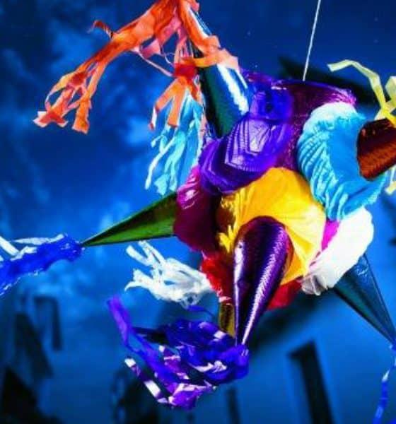 Acolman, piñatas Foto. Facebook