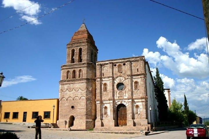Iglesia de Arizpe Foto Miguel Perez Ramirez.