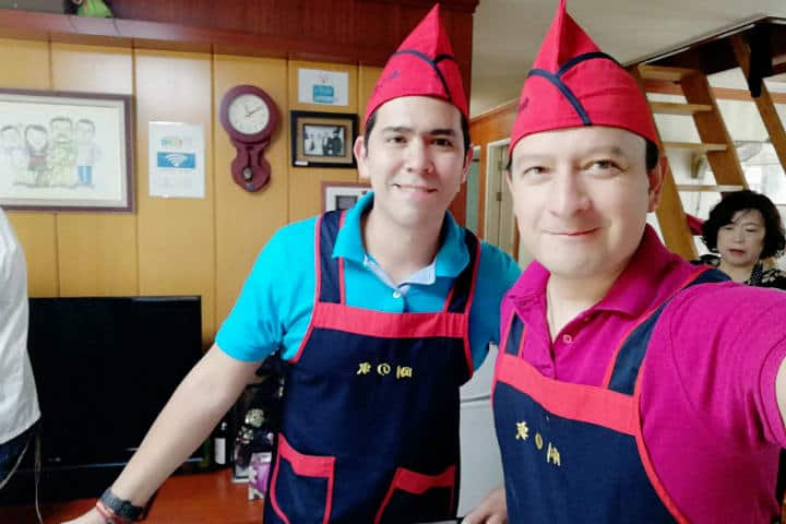 Kimchi cocinar con familia coreana 27