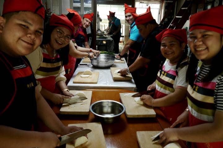 Kimchi cocinar con familia coreana 3