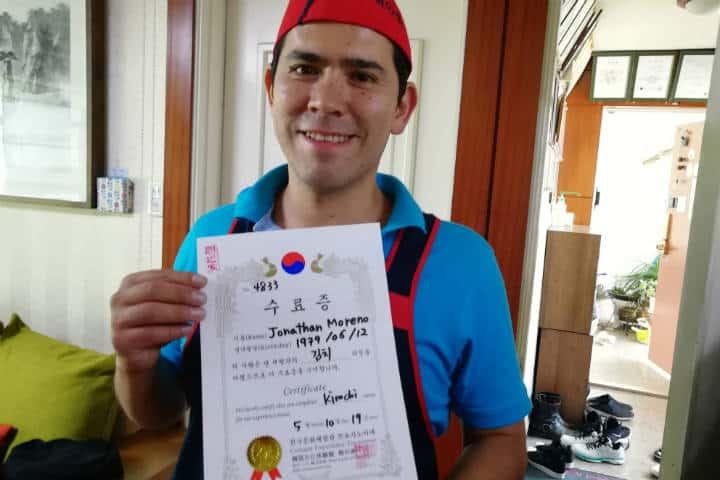 Kimchi cocinar con familia coreana 40