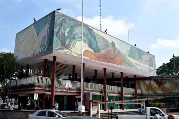 Mural de Pablo O´Higgins. Foto La Petrolera