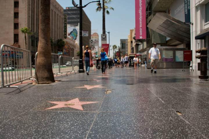 Espiar a estrellas en Hollywood