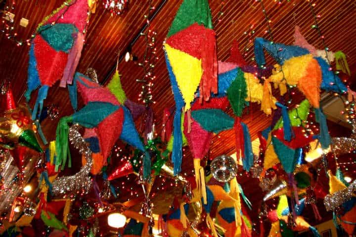 Piñatas de Acolman Foto Jeff Stvan