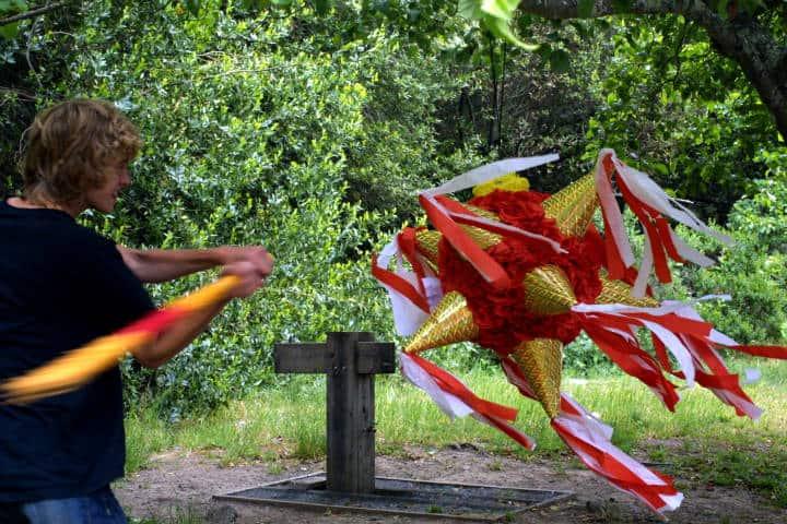 Piñatas de Acolman Foto Joe Gratz