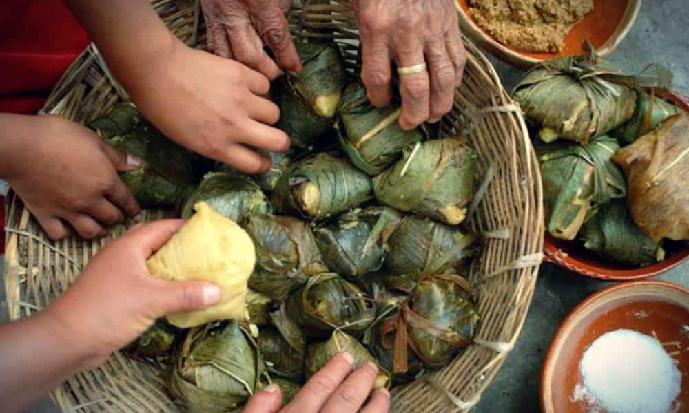 Comida Michoacana Foto Ahuizote