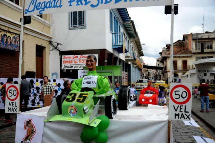El Año viejo en Ecuador. Foto Joe Ross